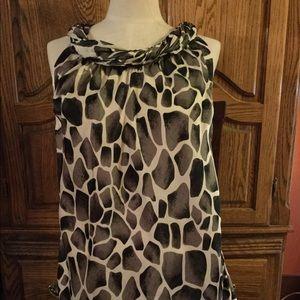 Dressbarn black gray white  sleeveless top size L